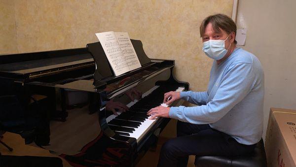 Mathias Aufschneider, une belle rencontre entre son piano et lui-même, des moments de partage avant tout