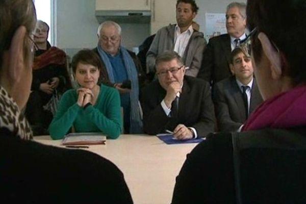 Najat Vallaud-Belkacem, en visite à la maison d'accueil de jour de Mont-de-Marsan.