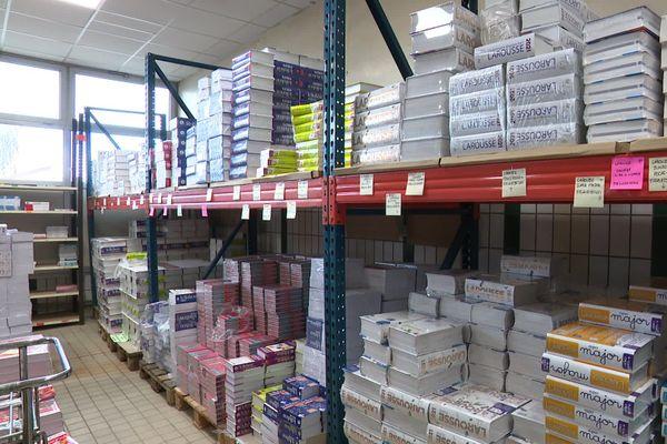N°3 de la distribution des manuels scolaires en France et premier sur le marché nord américain, la librairie Cufay est installée à Abbeville dans la Somme depuis 1873.