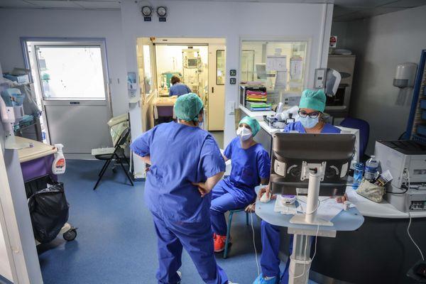 Dans la région, si les craintes contre AstraZeneca, le personnel hospitalier est plutôt favorable à la vaccination.