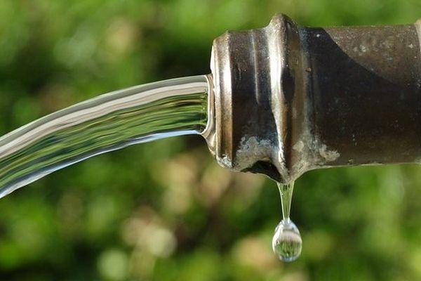 ILLUSTRATION - L'eau du robinet de nouveau consommable à Bastia