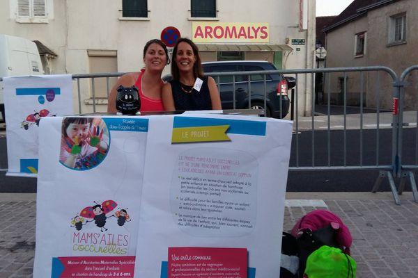"""""""Il s'agit aussi de soutenir et d'aider les familles dans leur quotidien, de créer des passerelles avec les institutions spécialisées, l'après MAMS à partir de 6 ans."""" explique l'une des initiatrice du projet MAMS'Ailes en Indre-et-Loire"""