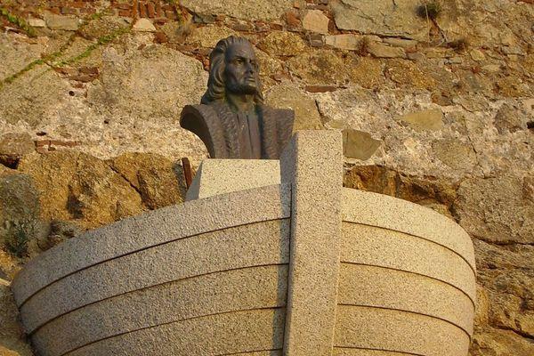 Une statue, un des nombreux objets du patrimoine mobilier corse.