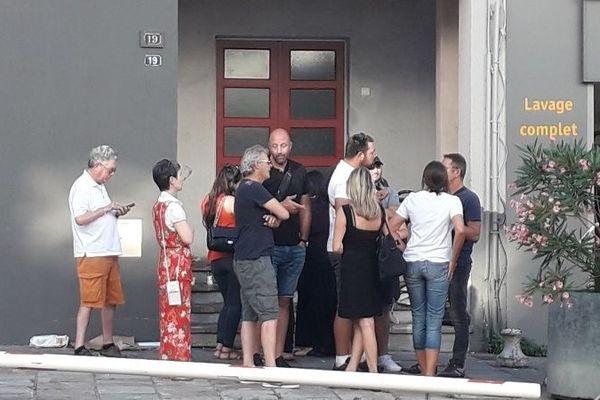 Des militants de Corsica Libera, et Jean-Guy Talamoni, s'étaient réunis pour témoigner leur soutien à Charles Pieri