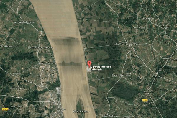 La centrale du Blayais, construite au bord de la Gironde.