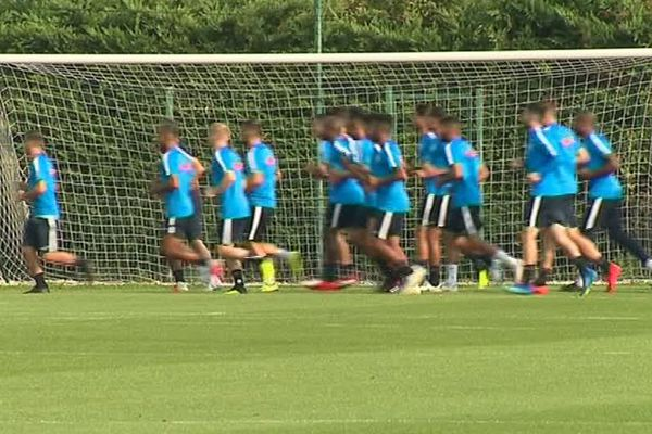 Décrassage en douceur pour le dernier entraînement ouvert à la presse des joueurs montpelliérains avant le premier match à domicile face à Dijon.