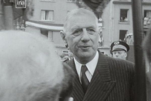 Le général De Gaulle à Flers en 1960