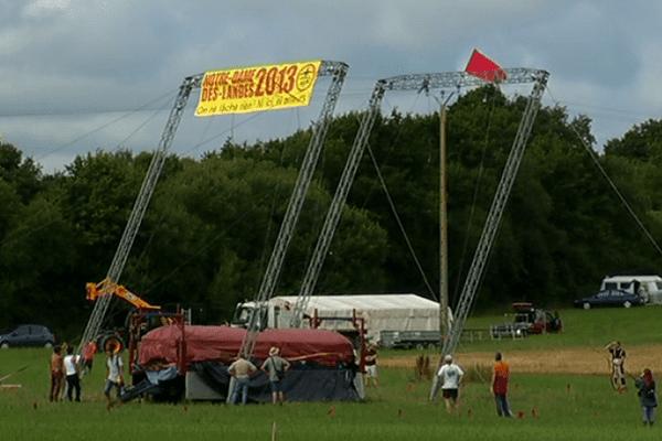Les opposants préparent le festival de ce week-end