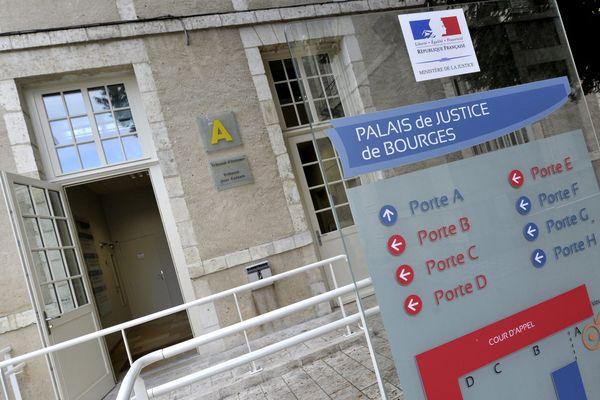 L'affaire a été jugée au palais de justice de Bourges