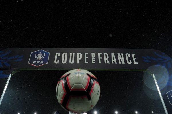 À partir de samedi 30 janvier, les tours de la Coupe de France des clubs amateurs pourront reprendre a annoncé la Fédération Française de Football dans un communiqué.