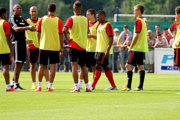 Antoine Kombouaré et ses joueurs à la Gaillette, le 31 juillet 2013