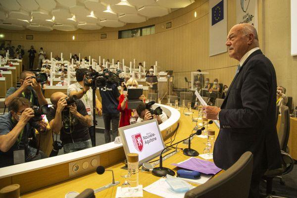Alain Rousset lors de son élection à la présidence du conseil régional de Nouvelle-Aquitaine le 2 juillet 2021