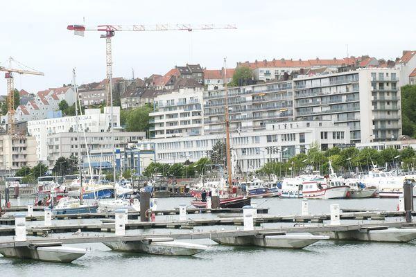 Le corps de la victime a été trouvé dans le port de Boulogne-sur-mer.