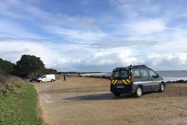La plage de Maner, où ont été retrouvés les corps d'une mère et de sa fille