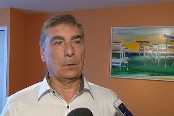 Ancien entraîneur de l'équipe d'Italie de volley-ball dans les années 80, l'entraîneur Silvano Prandi a un palmarès impressionnant.