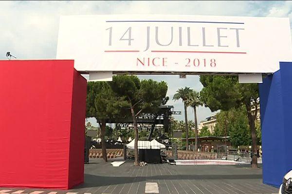 Une partie de l'hommage aux victimes du 14 Juillet se déroule sur la Place Masséna.