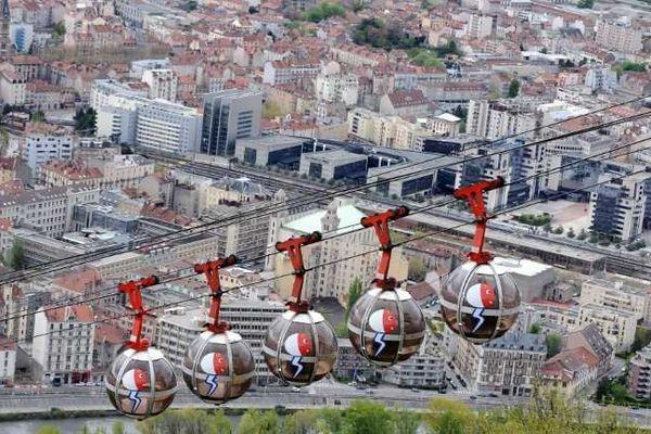 Le téléphérique urbain de Grenoble