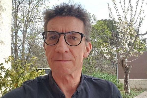 Dans une vidéo publiée samedi 28 mars, Philippe Jamet, président du Montpellier Natation explique le calvaire du coronavirus Covid-19.