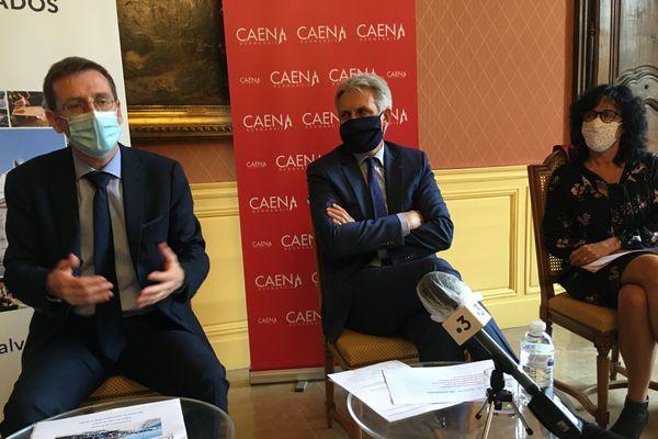 Philippe Court, le préfet du Calvados a appelé, lors de la conférence de presse, à la responsabilité de chacun pour que la vie sociale puisse continuer.