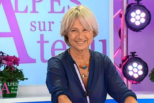 """Christine Janin sur le plateau de l'émission """"Les Alpes sur un Plateau"""""""