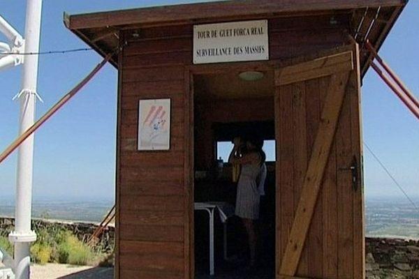 Força Réal (Pyrénées-Orientales) - les tours de guet sont remises en service cet été pour lutter contre les feux de forêt - 1er juillet 2013.