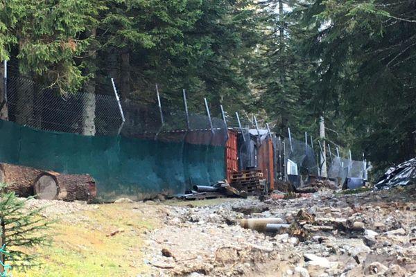 Une partie de la clôture du Parc Alpha. Photo prise le 9 novembre.