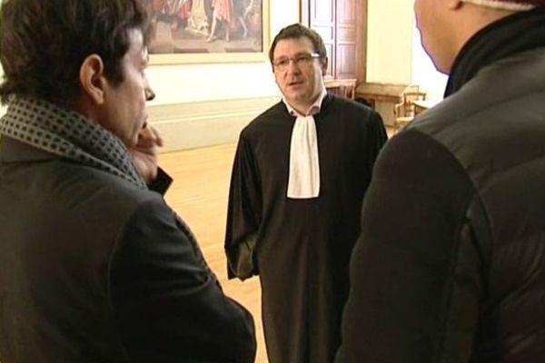 Dominique et Mohammed avec leur avocat, Me Besson.