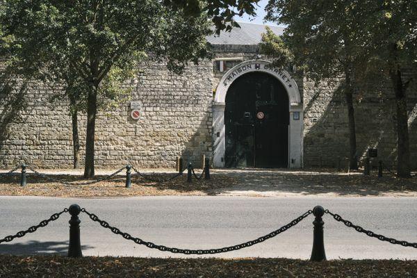 L'entrée de l'ancienne prison de Compiègne située avenue de la Résistance, en août 2020.