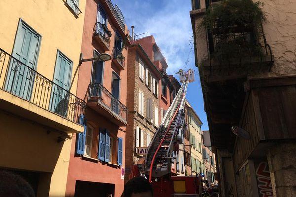 """La situation est jugée """"défavorable"""" par le poste de commandement des pompiers"""