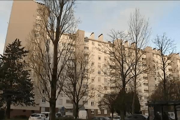 Rennes : un homme retranché abattu par la police dans le quartier de Maurepas