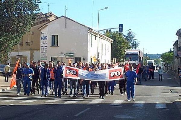 Remoulins (Gard) - manifestation des salariés de Vitembal - 16 octobre 2013.
