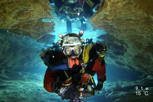 Le plongeur de l'extrême Xavier Méniscus a atteint le record du monde de plongée souterraine, - 286 m - décembre 2019