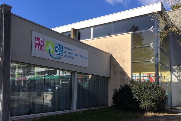 Poitiers - Association des Centres Socio-culturels des 3 cités - 2019.