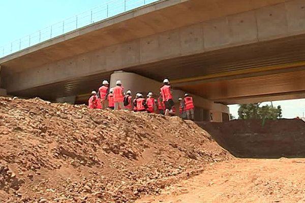 Manduel (Gard) - les travaux de la future gare TGV Nîmes Pont-du-Gard - juin 2018.