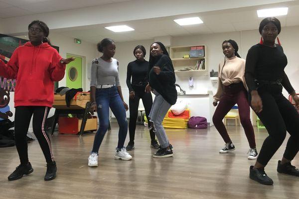 L'afro danse est la spécialité des Black Panthers