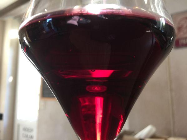 Un rouge rubis spécifique du Touraine Primeur