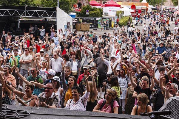 Le public se régale sur la scène de l'Arsenal - FIMU 2012