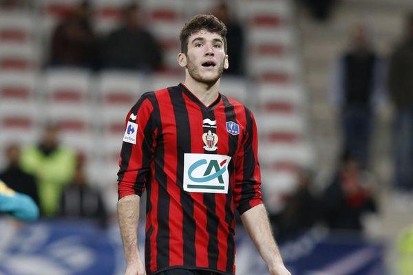 Le défenseur de Nice Gautier Lloris (22 ans) a été prêté jusqu'à la fin de saison sans option d'achat au Gazélec Ajaccio (L2).