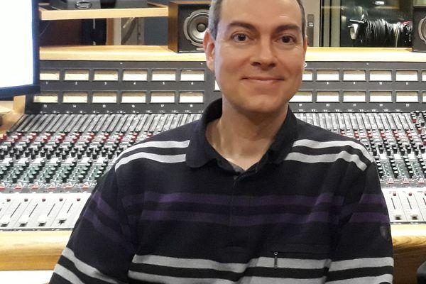 """Bertrand Pénisson, le Bretilien auteur de """"Sardou, l'encyclopédie musicale"""""""