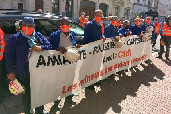 Les mineurs de Lorraine lors de l'audience à Douai en septembre 2020.
