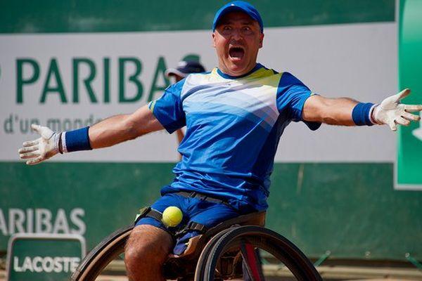 Stéphane Houdet à lors de sa victoire à Roland Garros 2013