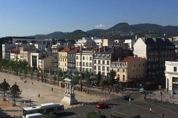 En Auvergne, 30 703 biens immobiliers ont été vendu au cours des 8 premiers mois de l'année 2018.