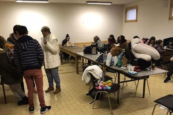 Les habitants évacués à Limoux, dans l'Aude, le 22 janvier en début d'après-midi.