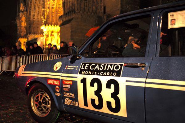 Parmi les 111 voitures participantes, la R12 Gordini a fait sensation à Reims.