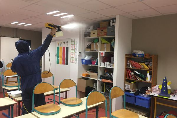 Depuis la semaine dernière, des dizaines de collégiens et d'élèves de l'école primaire de Besse-sur-Issole sont tombés malades dans leurs établissements du Var.