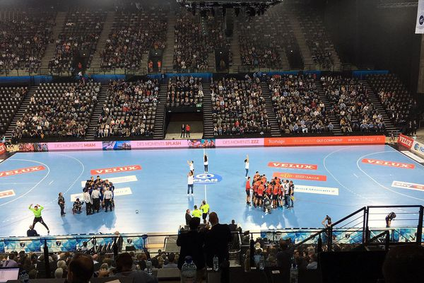 Des tribunes un peu clairsemées à l'Aréna ce mercredi soir après 6 défaites du MHB.