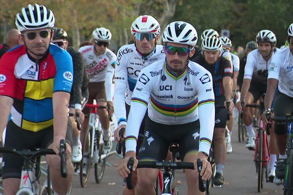 Le double champion du monde de cyclisme sur route Julian Alaphilippe parrainait l'événement.