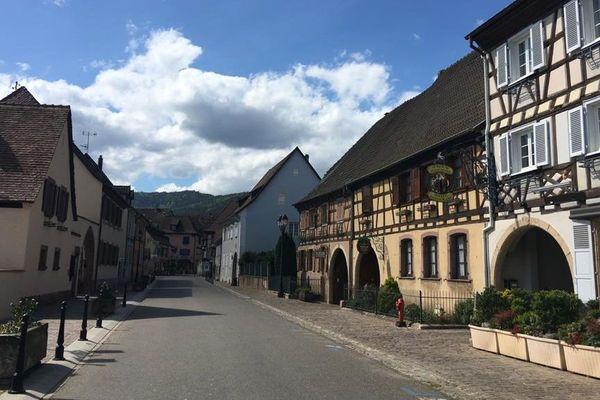 Eguisheim, village préféré des Français en 2013, complètement déserté, du jamais vu, de mémoire d'habitant