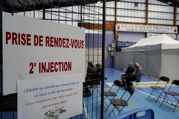 Des dérives ont été rélévés au centre de vaccination du Val de l'Arc ouvert depuis le 18 janvier à Aix-en-Provence.