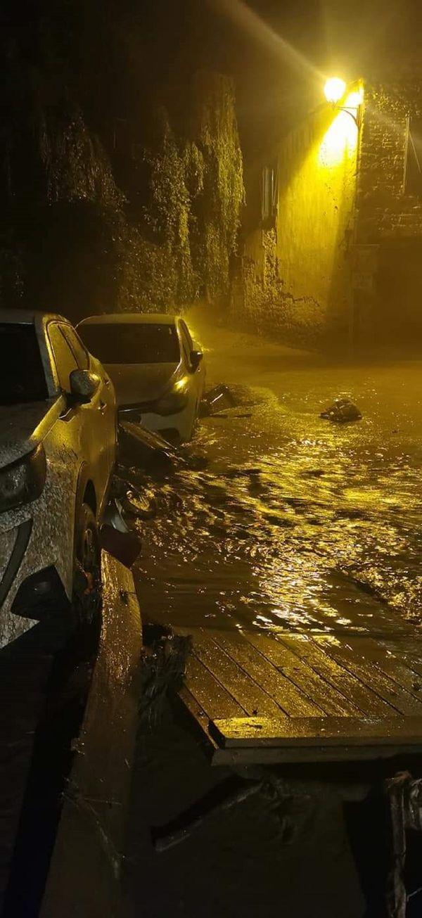 A Sauvagnat, une coulée de boue a fait de gros dégâts.